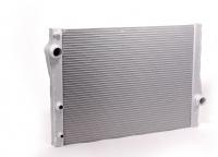 Радиатор охлаждающей жидкости e70